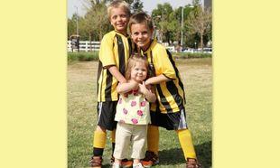 Οι γιοι της Britney Spears στην πιο γλυκιά φωτογραφία με την ετεροθαλή αδελφή τους στο γήπεδο!