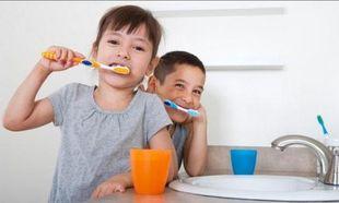 Απίστευτο: Καλύτερο το βούρτσισμα των δοντιών με Gangnam Style!
