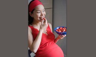 Έρευνα: Πώς η λήψη τροφών όπως τα φύκια, οι φράουλες και το παγωτό κατά την εγκυμοσύνη, μπορούν να επηρεάσουν θετικά την ορθογραφία του παιδιού