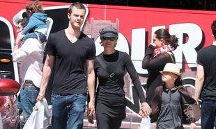 Σπάνια εμφάνιση της Meg Ryan με τα παιδιά της με τα οποία γιόρτασε τη Γιορτή της Μητέρας! (φωτό)