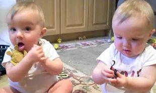 Βίντεο: Τα μωρά… παπαγαλάκια!