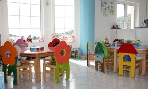 Τελευταία  η Ελλάδα στην ΕΕ σε παιδικούς και βρεφονηπιακούς σταθμούς για τη φύλαξη παιδιών έως 5 ετών
