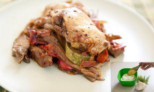 Κοτόπουλο μαρινάτο στον φούρνο με καλοκαιρινά λαχανικά!