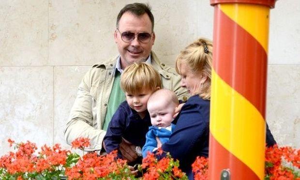 Ο σύζυγος του Έλτον Τζον με τους δύο γιους τους για βόλτα στη Βενετία!