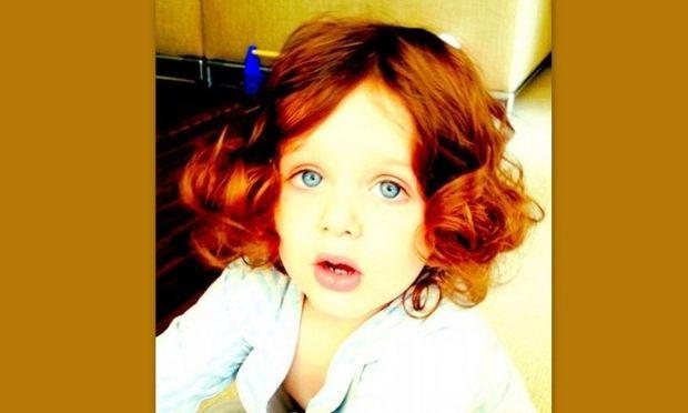 Δημόσια κατακραυγή για τη Ρέιτσελ Ζόε επειδή ντύνει και φωτογραφίζει τον γιο της σαν να είναι κοριτσάκι! (φωτό)