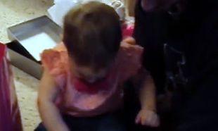 Βίντεο: Δεν φαντάζεστε τι προσπαθεί να κάνει η πιτσιρίκα…