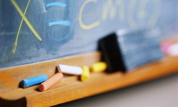 Πανικός στη δημόσια εκπαίδευση - Τα παιδιά θα φοιτούν σε όποιο σχολείο υπάρχει χώρος