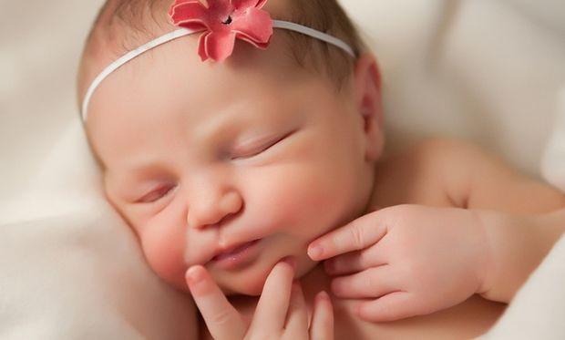 Σε ποιες περιπτώσεις πρέπει το νεογέννητο μωρό μου να εξεταστεί άμεσα από παιδίατρο;