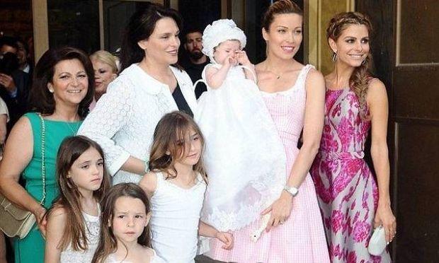 Θέμα στην Daily Mail η βάφτιση της κόρης Χρουσαλά-Πατίτσα!