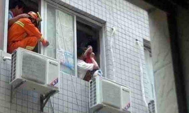 Δείτε πώς ένα air condition έσωσε τη ζωή 5χρονου στην Κίνα