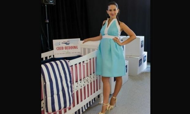 Η γυναίκα του Άλεκ Μπάλντγουιν οικοδέσποινα σε baby shower για τις έγκυες γυναίκες στρατιωτικών!