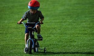 Μήπως ήρθε η ώρα να μάθουμε ποδήλατο στο παιδί μας;