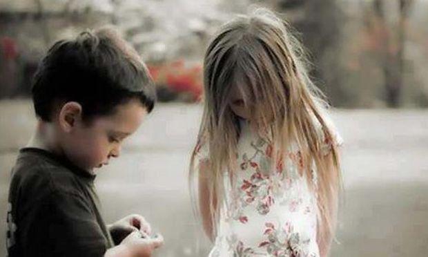 Δημοσίευμα της Daily Mail: «Τα παιδιά θύματα της κρίσης στην Ελλάδα»