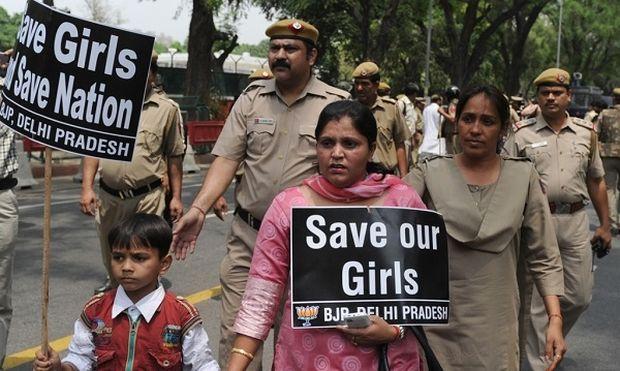 Ινδία: Δεκάχρονο κορίτσι πέθανε έπειτα από ομαδικό βιασμό