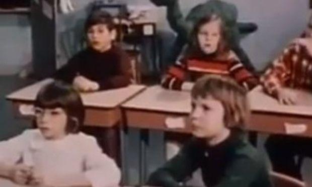Απίστευτο βίντεο: Δασκάλα κάνει τους μαθητές της να μισήσουν ο ένας τον άλλον για καλό σκοπό!