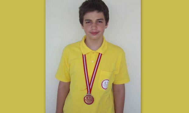Αυτός είναι ο 12χρόνος Έλληνας μαθητής  που διέπρεψε στην  φετινή Ολυμπιάδα μαθηματικών!