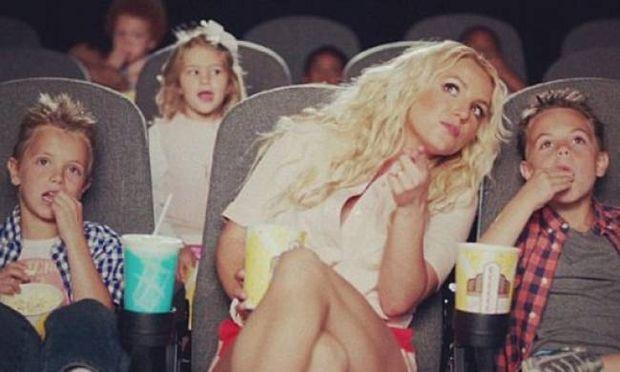 Η Britney Spears σε βίντεο κλιπ με τα παιδιά της!