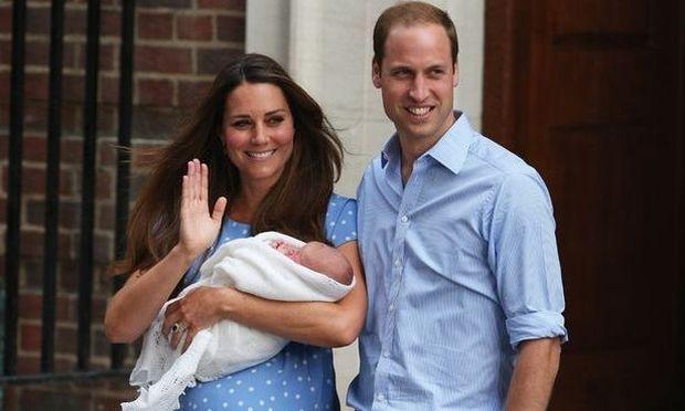 Αυτό είναι το όνομα του πριγκιπικού μωρού! (βίντεο)