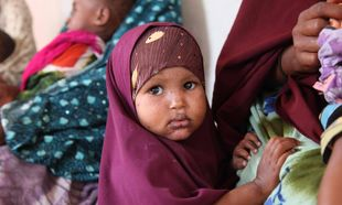 Unicef:  30 εκατομμύρια ανήλικα κορίτσια κινδυνεύουν να υποστούν ακρωτηριασμό των γεννητικών τους οργάνων