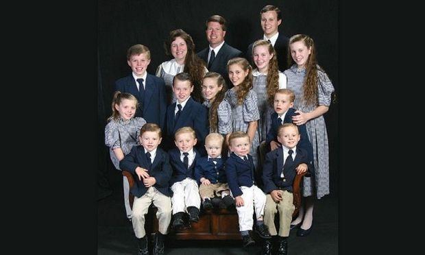 Πώς είναι να μεγαλώνεις... 19 παιδιά και να σκέφτεσαι να κάνεις και εικοστό;