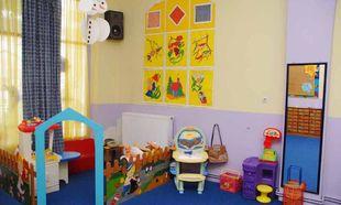 Διαβεβαιώσεις πως θα βρεθούν οι επιπλέον πόροι για το πρόγραμμα δωρέαν φιλοξενίας στους παιδικούς σταθμούς