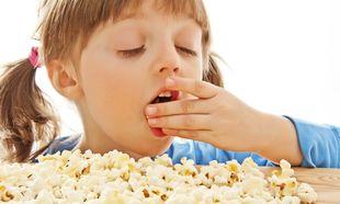 Έρευνα: Πόσο επηρεάζουν την υγεία των παιδιών τα χημικά στις συσκευασίες των τροφίμων