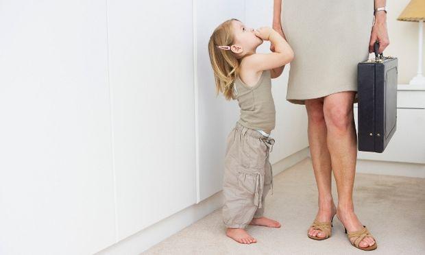 Σύνταξη από τα 50 για γονείς με ανήλικο παιδί και για τρίτεκνους