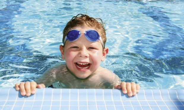 Γιατί το κολυμβητήριο είναι μια από τις ιδανικές εξωσχολικές δραστηριότητες;
