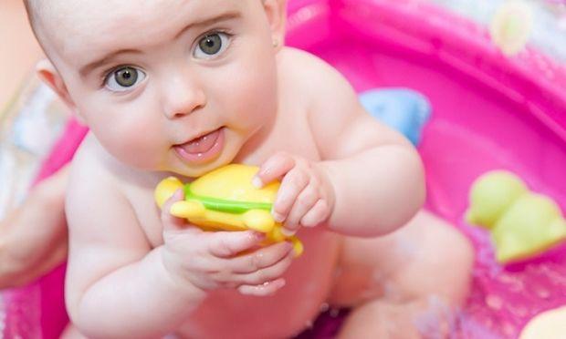 Σε οριακό σημείο η υπογεννητικότητα στην Ελλάδα