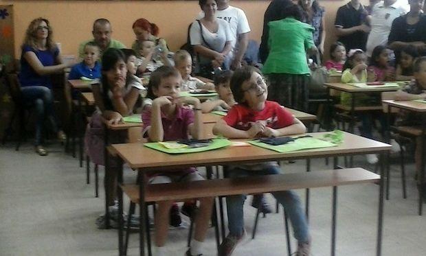 Η πρώτη ημέρα στο σχολείο, μέσα από τα μάτια της συντάκτριάς μας, Εύης Ματίεβιτς (βίντεο & φωτό)