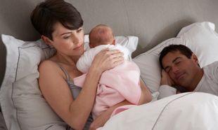 Κατά 44 μέρες λιγότερο κοιμούνται οι γονείς με νεογέννητο τον πρώτο χρόνο ζωής του!