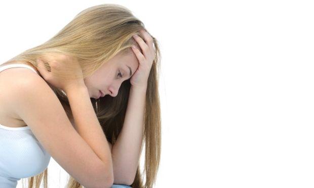 Έρευνα: Πώς η οικονομική κρίση προκαλεί στρες και ψυχολογικά προβλήματα στα νέα παιδιά!
