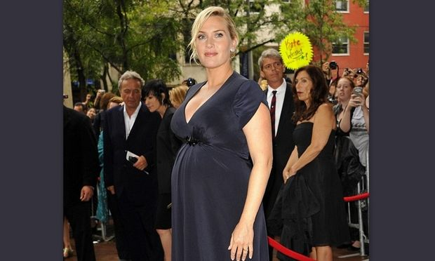 Κέιτ Γουίνσλετ: Αδιαφορεί για τα κιλά της εγκυμοσύνης!