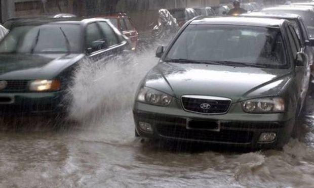 Βροχές και καταιγίδες σε όλη τη χώρα. Πού θα χτυπήσει η κακοκαιρία