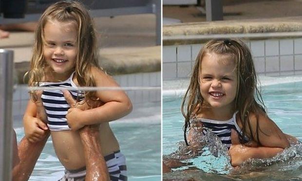 Ποιου διάσημου ηθοποιού κόρη είναι το χαριτωμένο κοριτσάκι της φωτογραφίας;
