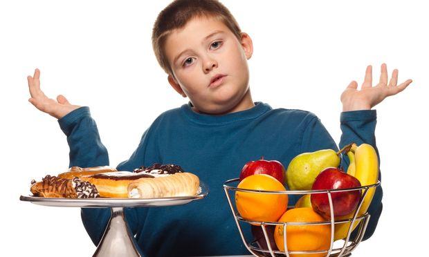 Έρευνα: Πέντε γεύματα την ημέρα προστατεύουν τους έφηβους από την παχυσαρκία!