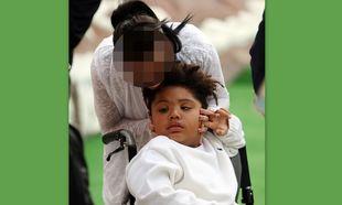 Διάσημη καλλονή μιλάει για τον αυτιστικό της γιο: «Είναι τέλειος στα μάτια μου»