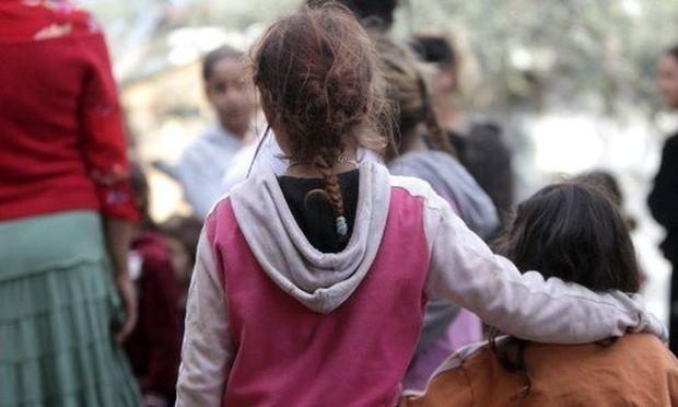 Περίεργη υπόθεση με τετράχρονο κοριτσάκι σε καταυλισμό Ρομά!