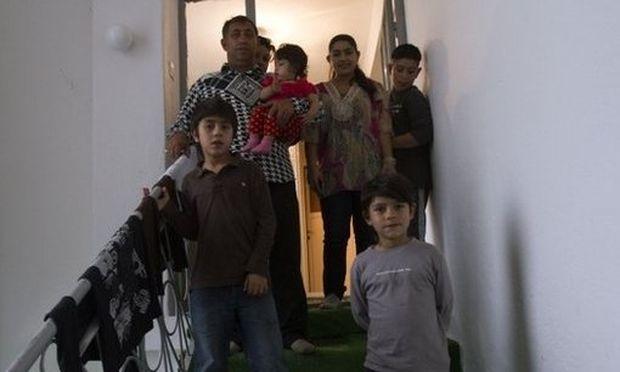 Ιταλίδα η 15χρονη Ρομά μαθήτρια που απελάθηκε στο Κόσοβο από τη Γαλλία