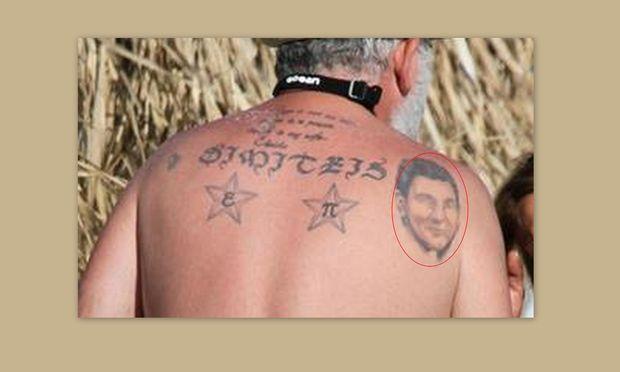 Δε φαντάζεστε ποιος πολυαγαπημένος Έλληνας ηθοποιός έχει το πρόσωπο του γιου του σε τατουάζ!
