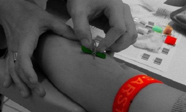 Υπουργείο Παιδείας: Δώρο οι απουσίες στους μαθητές που θα δίνουν αίμα!
