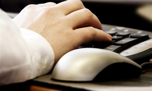 Στον εισαγγελέα 34χρονος που παρενοχλούσε 12χρονη μέσω Skype