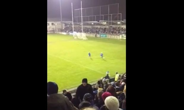 «Πόλεμος» στο γήπεδο (βίντεο)