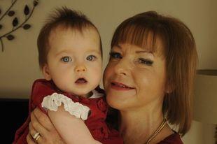 Γυναίκα μετά από τρεις μεταμοσχεύσεις καταφέρνει να κάνει το δικό της μωρό!