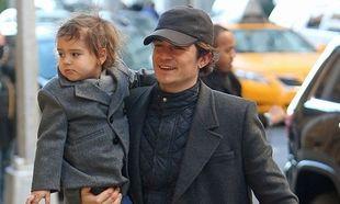 Μπλουμ - Κερ: Μπορεί να χώρισαν αλλά ο γιος τους είναι η προτεραιότητά τους (φωτογραφίες)