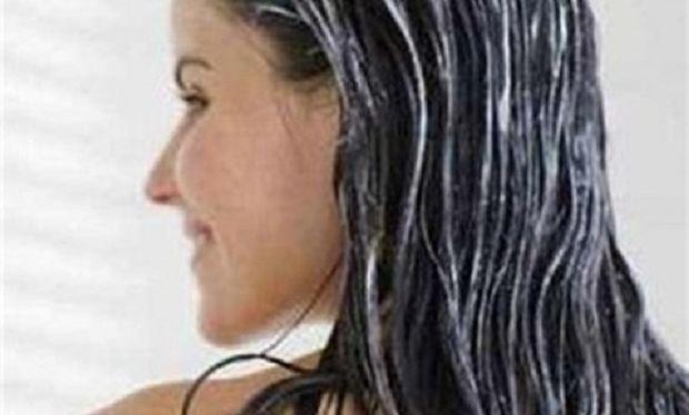 Φτιάξτε μόνες σας μάσκα για ταλαιπωρημένα βαμμένα μαλλιά!