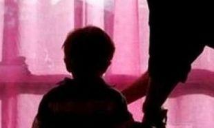 Αδιανόητο: Επέτρεψαν σε παιδόφιλο να υιοθετήσει παιδί