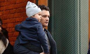 Ο Ορλάντο Μπλουμ και οι τρυφερές φωτογραφίες με τον γιο του!