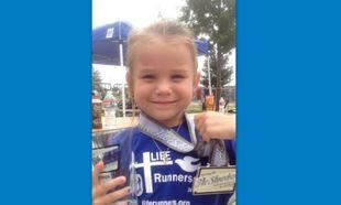 Το εξάχρονο κορίτσι που κατάφερε να ολοκληρώσει μισό μαραθώνιο! (φωτογραφίες)