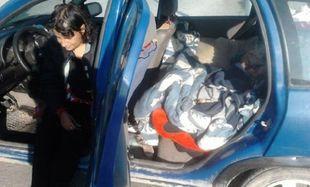 Λέσβος: Eγκυος ζει μέσα σε αυτοκίνητο (βίντεο)